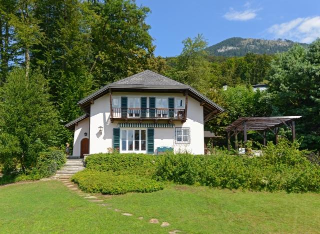 Magnificent Aigen Villa